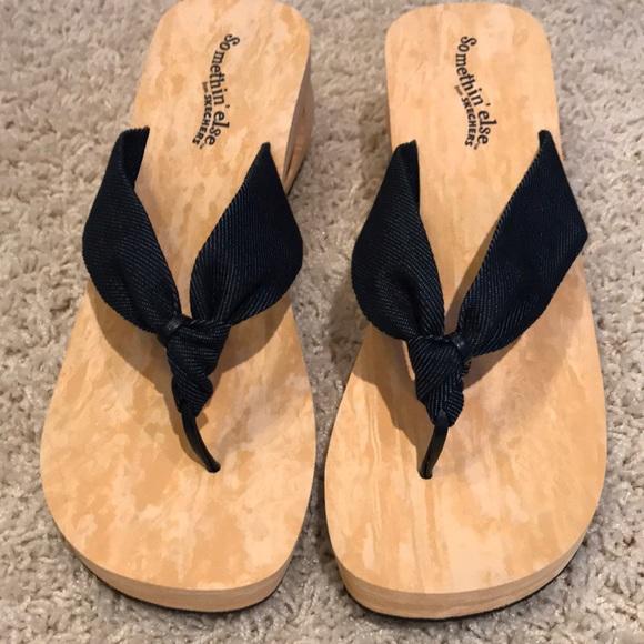 cf89908a6f76 Skechers somethin  else sandals